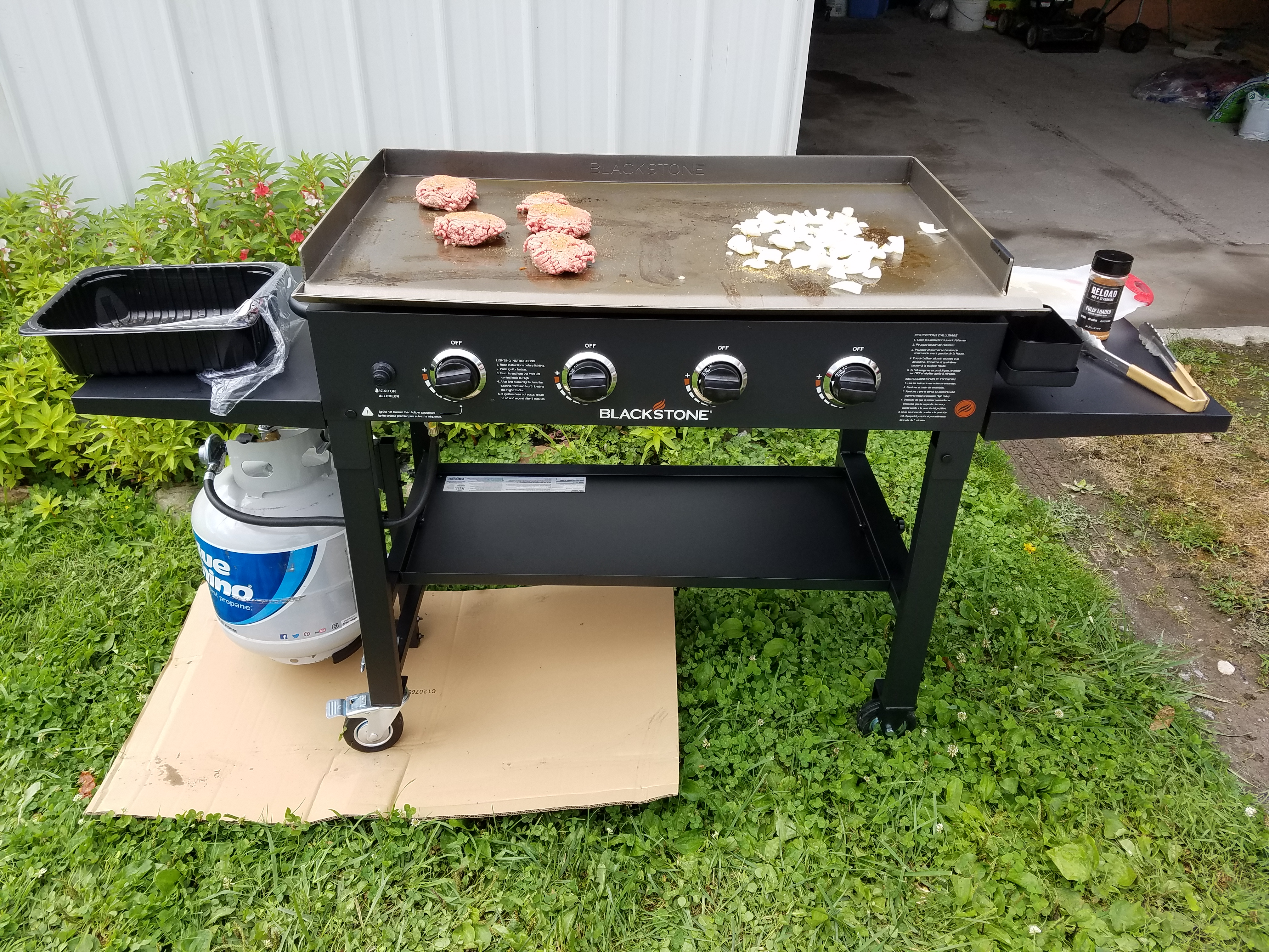 The Importance of Seasoning Your Blackstone Griddle – Grizzly BBQ